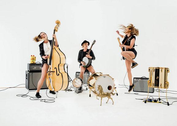 Baskery aus Schweden bringen mit ihrer leidenschaftlichen Melange aus Bluegrass, Folk, Blues und Pop pures Dynamit auf die Bühne. Foto: Promo