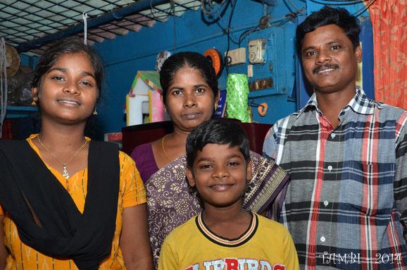 La famille du jeune Suresh - janv. 2014