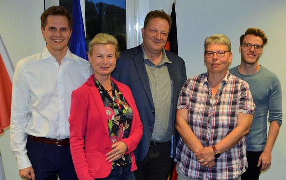 Der Vorstand der neu gebildeten Fraktion SPD/LGU (von links nach rechts): Benjamin Grimm, Annemarie Reichenberger, Andreas Noack, Sabine Fussan, Patrick Krüger. (Foto: SPD Oberhavel)