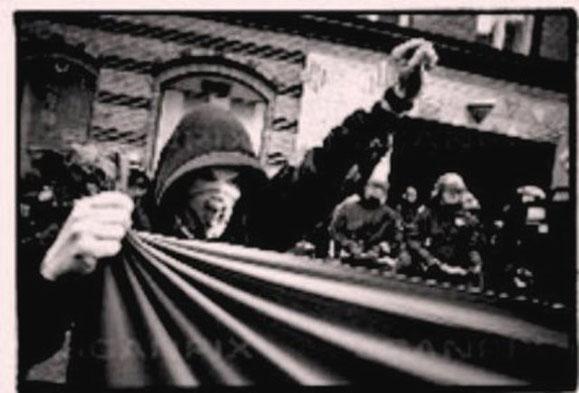 Solidaritetsdemo og aktion for guerillagruppen MRTA i Peru, København 1997