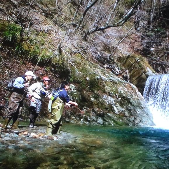 もちろん管理釣り場から初めての自然のフィールドへのご案内も