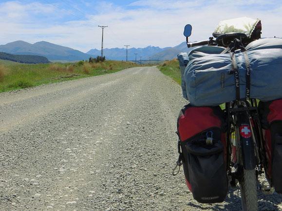 Auf dem Weg von Te Anau nach Walter Peak. Eine der schönsten Strecken, die wir in Neuseeland gefahren sind.