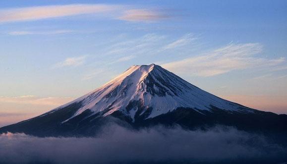 So imposant kann er sich zeigen, der heilige Berg Fujiyama (Bild aus dem Internet).