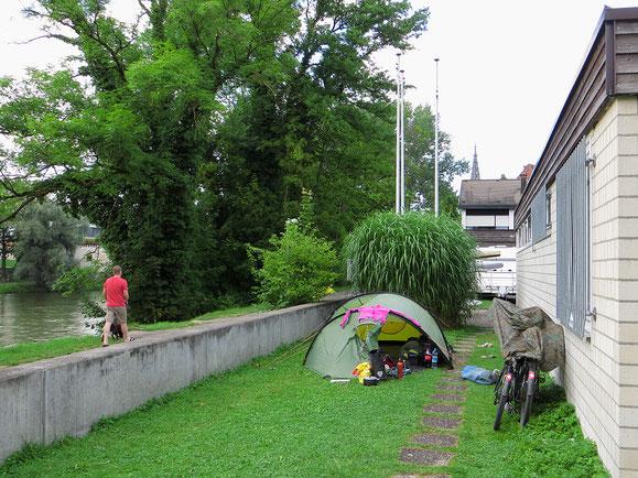 Zelten bei den Ulmer Paddlern in Neu-Ulm, direkt an der Donau.