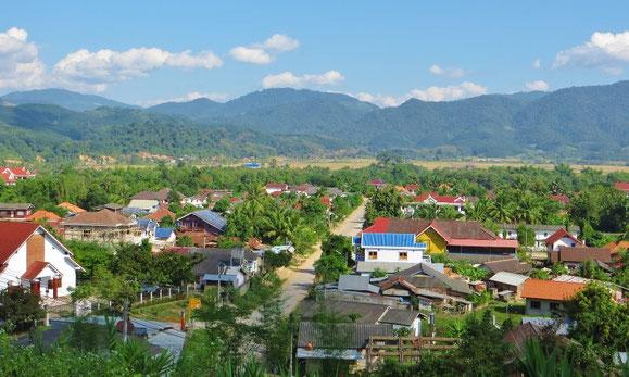 Luang Namtha, ganz im Norden von Laos, liegt am Rand einer weiten Ebene.