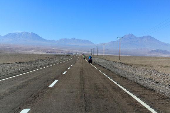 Entlang der Atacamawüste (Foto M. Wanning).
