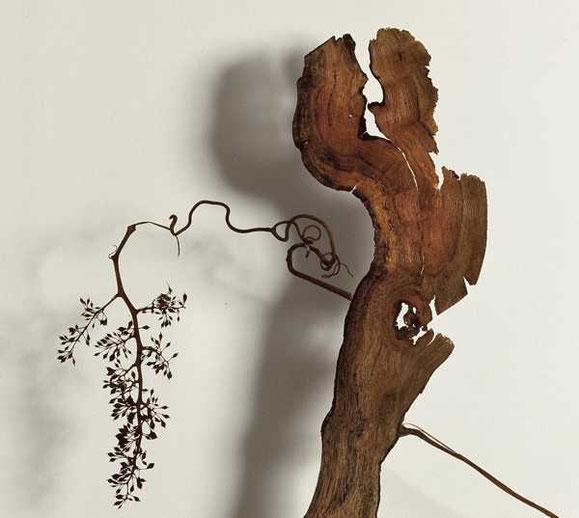 Exklusive natur Kunstmöbel, einzigartige Naturholz Möbel, kunstvolle Designmöbel, Holzkunst im Designertisch, natürliche Kunstwerke
