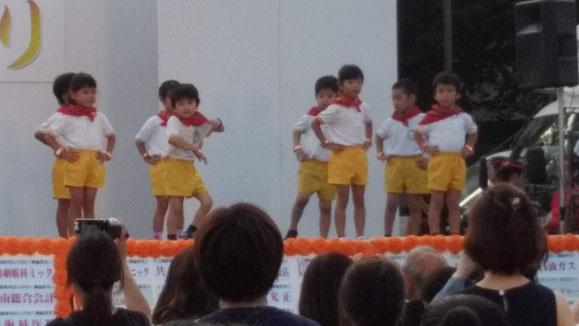 ダンス中の写真