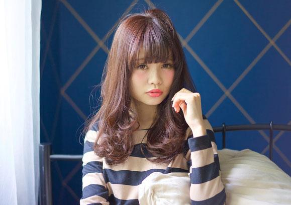 可愛いヘアースタイルで話題の高松の美容室【This】おすすめセミロングスタイル