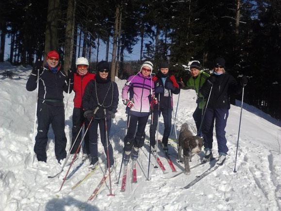 mit Ski Langlauf wird die Grundlagenausdauer trainiert