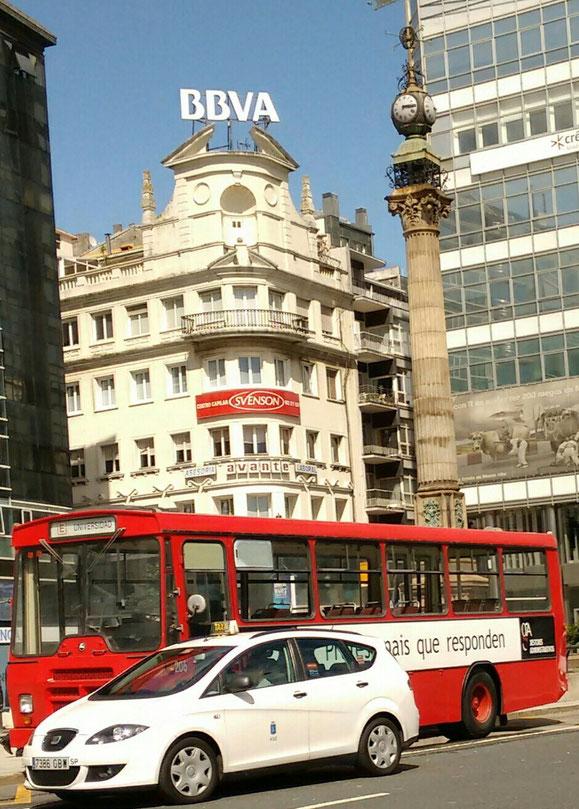 UNA PENA QUE NO HAYAN CONSERVADO OTROS AUTOBUSES MAS ANTIGUOS E INCLUSO TROLEBUSES Y EXPONERLOS EN UN MUSEO COMO TIENE LA EMT DE MADRID.