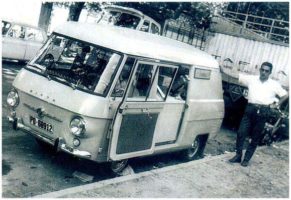 FURGONETA SIATA HELADERA DE PONTEVEDRA,AÑOS 60/70.