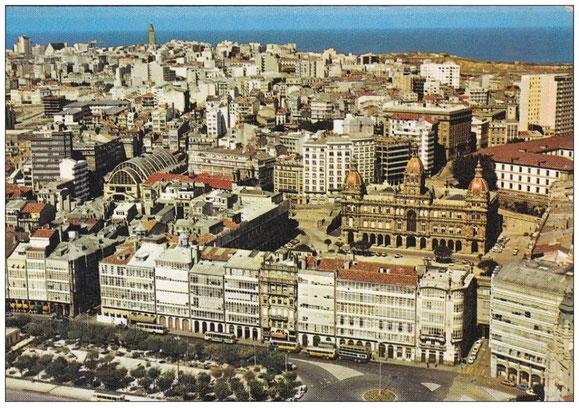 AÑOS 70,GALERIAS DE LA MARINA,PUERTA REAL,PLAZA DE MARIA PITA Y MERCADO DE SAN AGUSTIN.