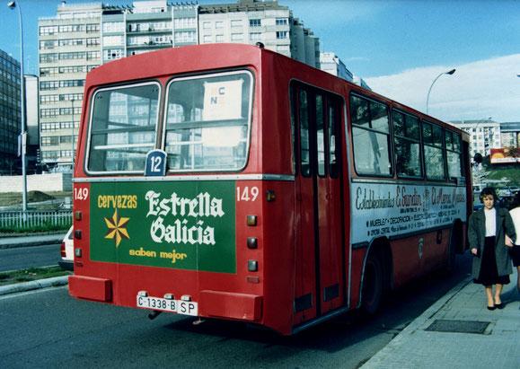 AUTOBUS PEGASO CASTRO CARIDE DE 1.972 VISTO POR DETRAS.EL 149.