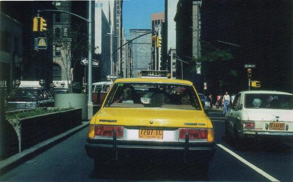 TRASERA PEUGEOT 505 TAXI DE NUEVA YORK