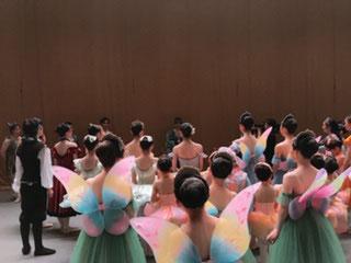 2015夏公演より モダンダンス作品『光降る』振付:平田友子 リハーサル風景