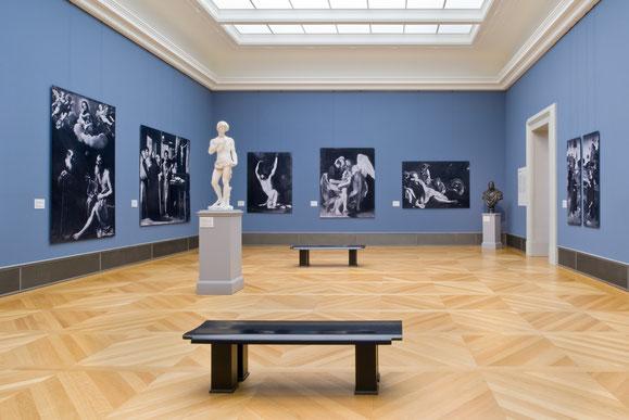 Bode-Museum, Saal 257, Fotoabzüge in Originalgrößem von Gemälden und Abgüsse von Skulpturen – alle Werke seit 1945 verschollen. Foto: Antje Voigt, Berlin