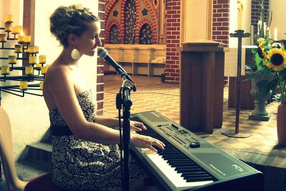 künstleragentur berlin musikagentur sängerin anne fraune klavier