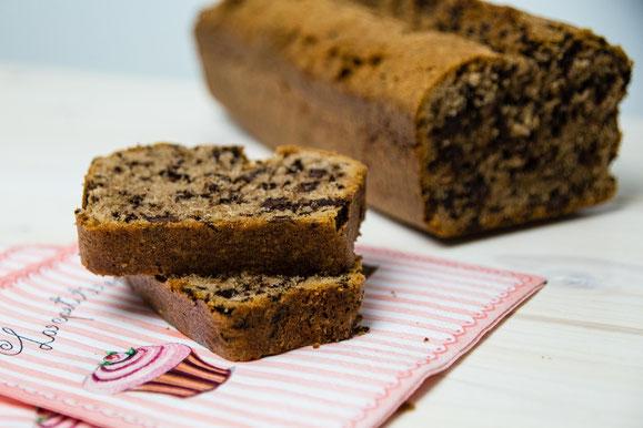 Rezept für Steamer und Dampfgarer: Rotwein-Schokoladen-Kuchen.