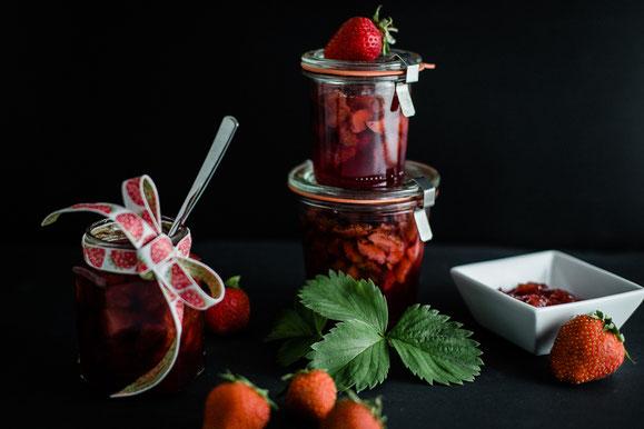 Erdbeer-Konfitüre aus dem Dampfgarer.