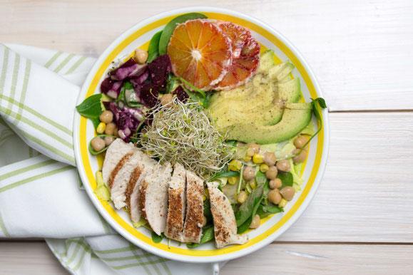 Steamhaus - Rezept für Kombi-Steamer und Dampfgarer: Fitness-Salat mit Pouletbrüstchen.