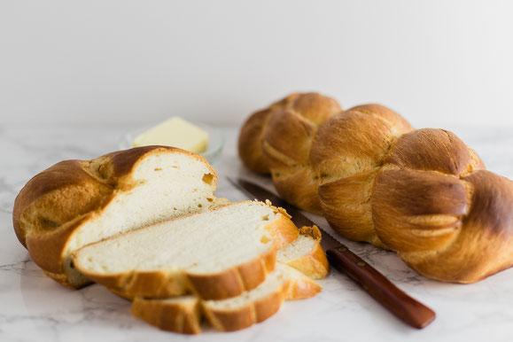 Butterzopf / Sonntagszopf aus dem Dampfgarer.
