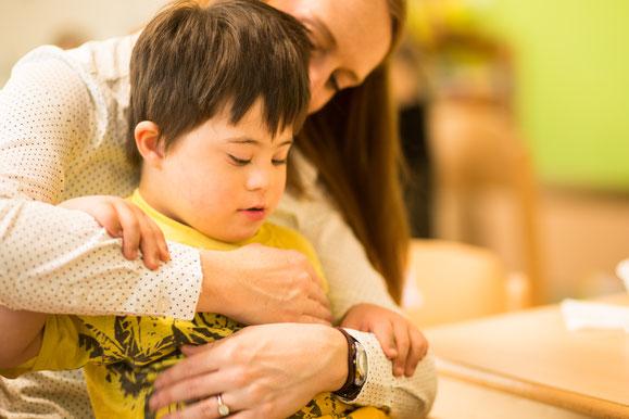 bub-down-syndrom-betreuerin-vinco-heilpädagogischer-kindergarten