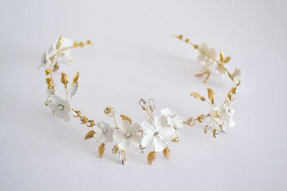 Vincha de novia de flores artesanales de porcelana fría, vincha novias románticas.