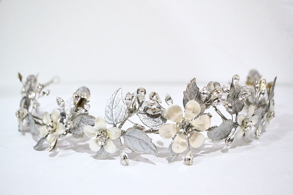 corona de novia, corona de metal, corona de flores, corona de hojasl