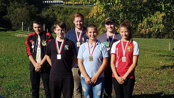 Gewinnerin Ronja Schaub (Dritte von rechts)