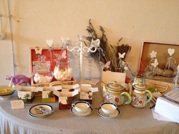 essenze di tè pregiati per gli ospiti