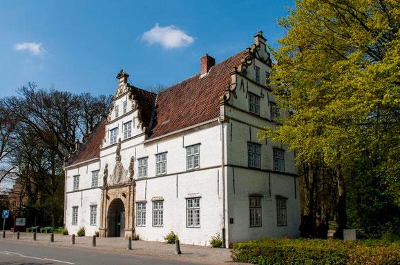Ehemaliges Torhaus am Schloss vor Husum  //   © Reinhard Witt