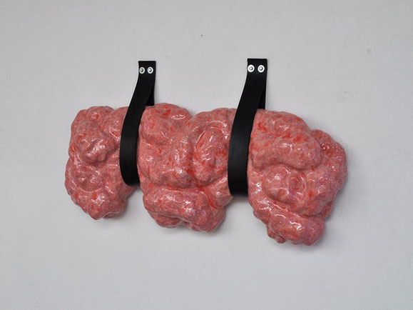 Hang, Steinzeugton, Glasur, Gummi Schrauben, 62x102x18 cm