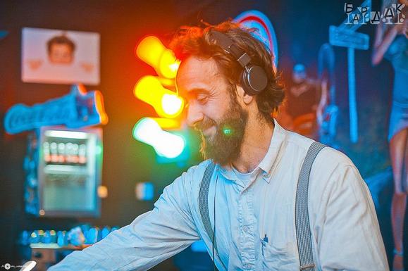 DJ Agentur Berlin Louis Prima