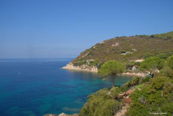Forno- auf dem Fussweg von Biodola über Scaglieri