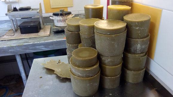 Bienenwachs; Wachsverarbeitung; Mittelwandherstellung