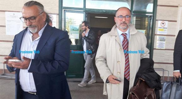 Il papà di Emanuele insieme all'avvocato Enrico Pavia che rappresenta la Famiglia
