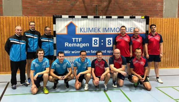 Spieler der TTF Remagen links und des SC Niederzissen rechts
