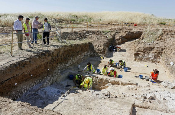 The Los Ahijones site. The regional government has slashed spending on archeological investigation / KIKE PARA (EL PAÍS)