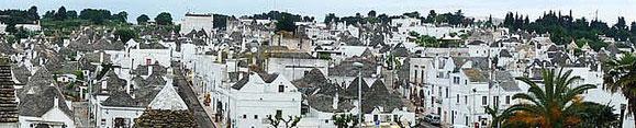 Vue d'ensemble du village Stroumpfs d'Alberobello