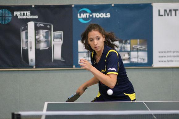 Die 16-jährige Bundeskaderathletin Karina Pankunin vom TSV Schwarzenbek gewann bei den Norddeutschen Meisterschaften Damen in Sparrieshoop Einzel-Gold sowie Doppel-Silber an der Seite ihrer Drittliga-Teamgefährtin Bianca Dahlke.