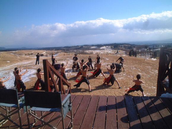 (おまけ)TAOの皆さん寒くても上半身裸です!