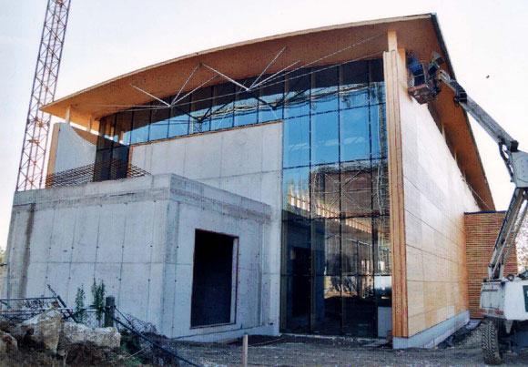 2000年 グラーツ工科大学構造実験棟  当時建築中(完成目前)