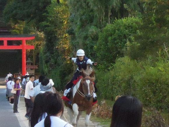 騎手の吉松大志君と「たかふじ号」