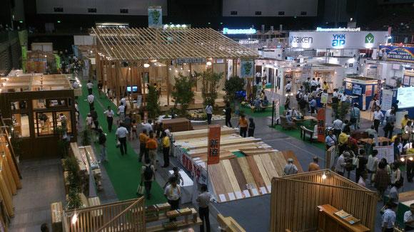 国産材を利用した家づくりを提案する「木材ゾーン」