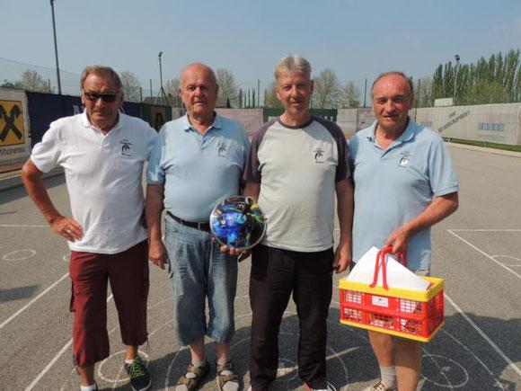 Sieger des Internen Frühlingsturnieres: Pfundner Karl, Griebaum Helmut, Zdrahal Christian und Peska Rudolf