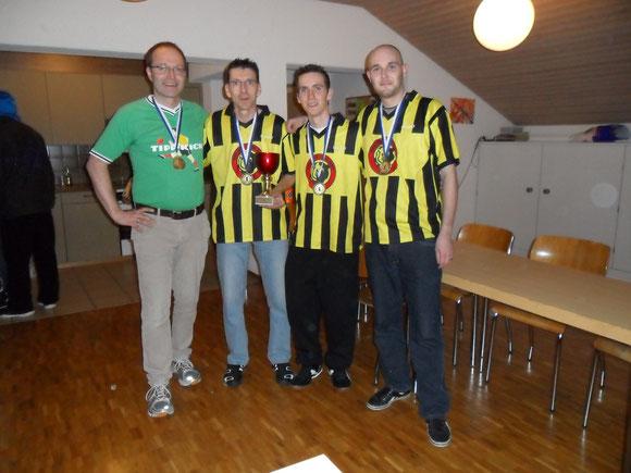 Der neue Schweizer Mannschafstmeister TKC Mutz Bern von links nach rechts: Knut Asmis, Urs Kaderli, Kevin Kaderli und Martin Stalder.