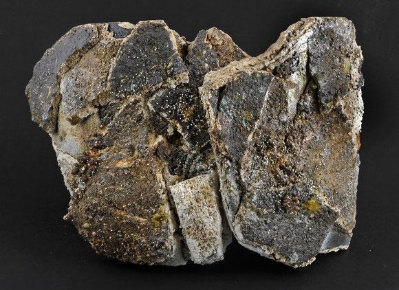 Sculpture grés et minéraux volcaniques