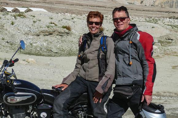 2016 mit der Royal Enfield durch den Himalaya