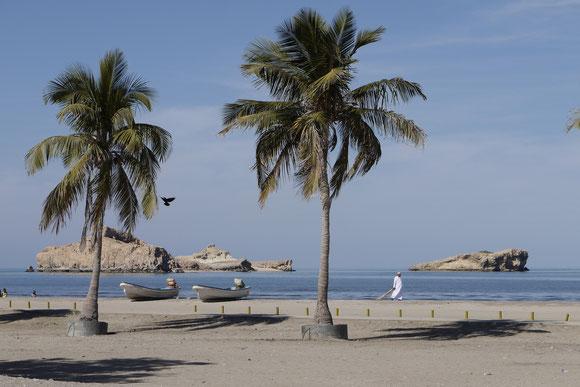 die Fischer hatten nicht viel zu tun und boten uns eine Rundfahrt zu den Inseln an. Aber wir wollten ja nur unsere Ruhe haben.
